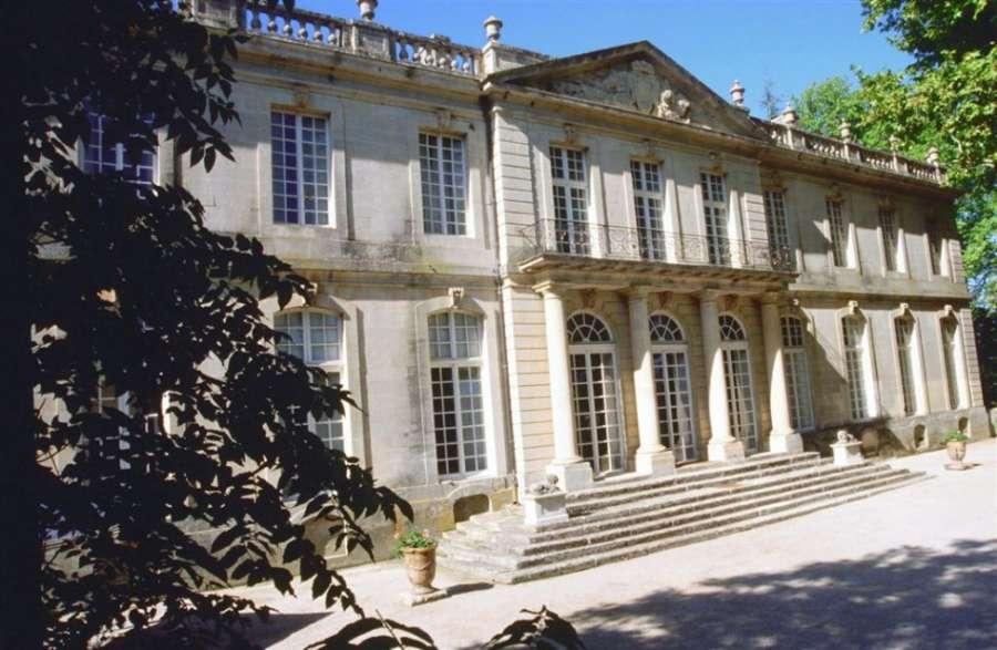 Houses & Gardens Provence