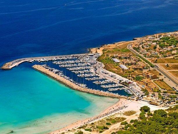Photo of  Photo of Club Nautico la Rapita Marina