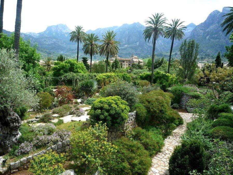 Houses & Gardens Mallorca