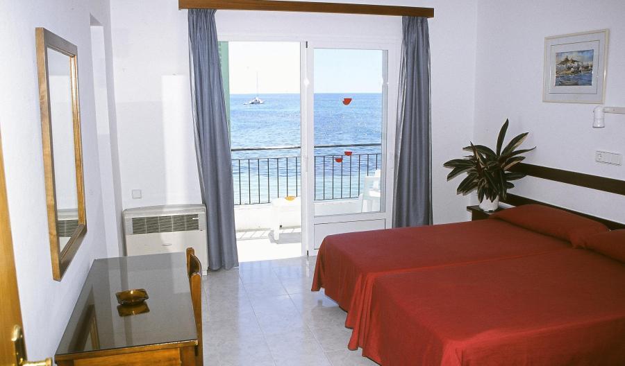 Hostels Ibiza