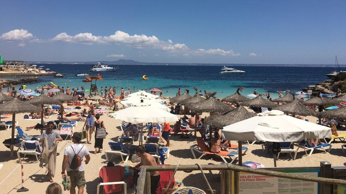 The view from Balneario Illetas beach club in mallorca