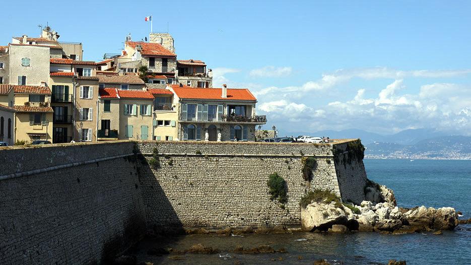 History Antibes
