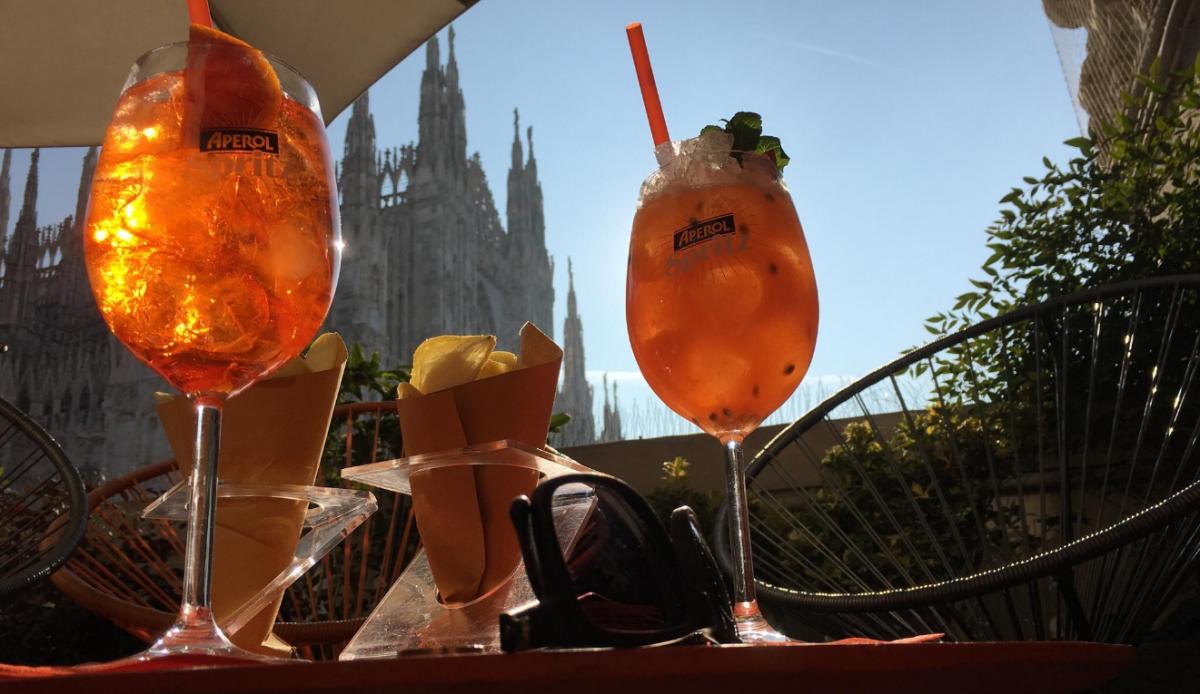 Terrazza Aperol Bar Historic Centre Of Milan Seemilan Com