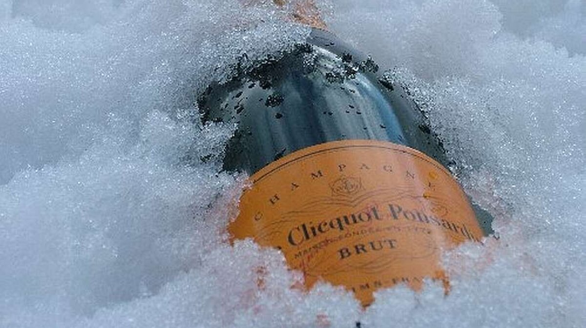 champagne on ice in the snow