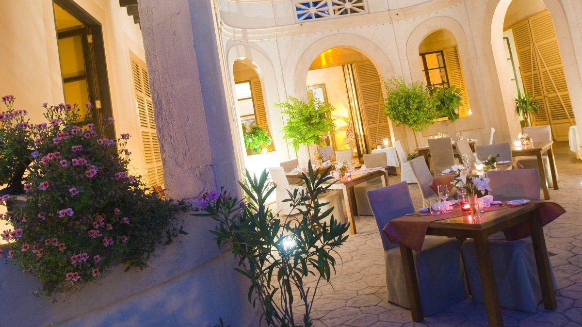Gaudi Restaurant, Arta restaurant terrasse