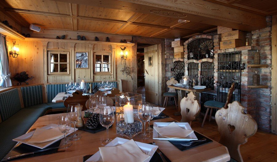 Le Pilatus Restaurant, Courchevel  interior