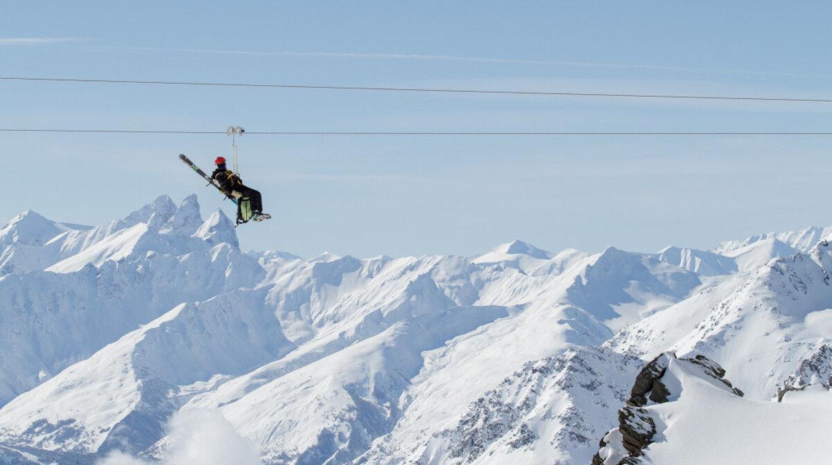 The zipline in val thorens in the winter