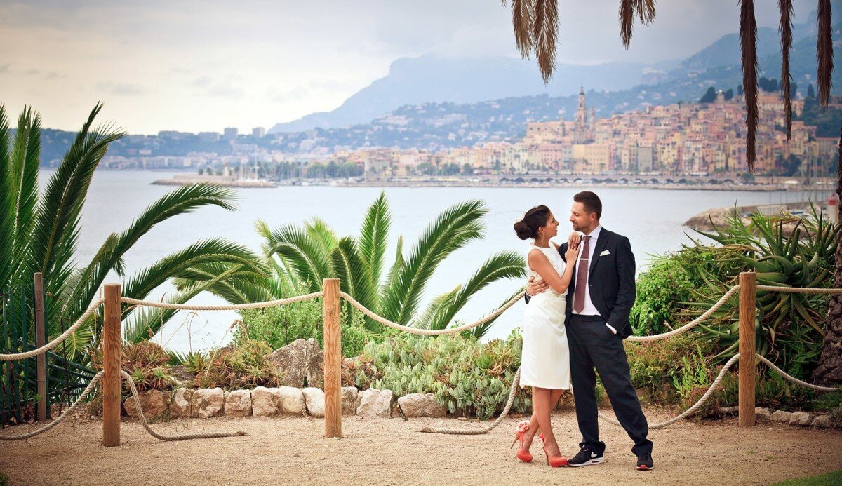 a couple newly married on the cote d'azur