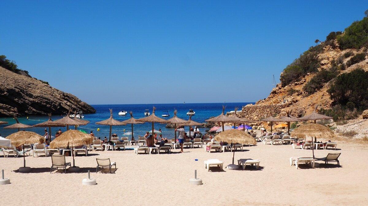 Cala Moli Beach Review | SeeIbiza.com