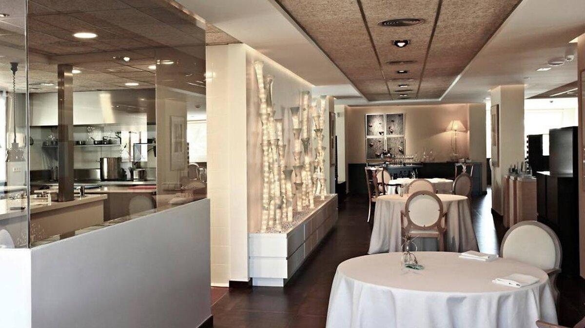 Maca De Castro Restaurant Port Alcudia Seemallorca Com