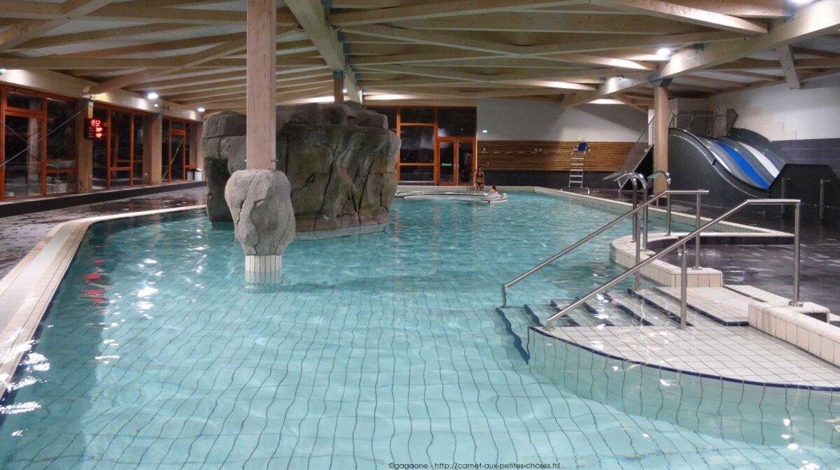 indoor swimming in les arcs