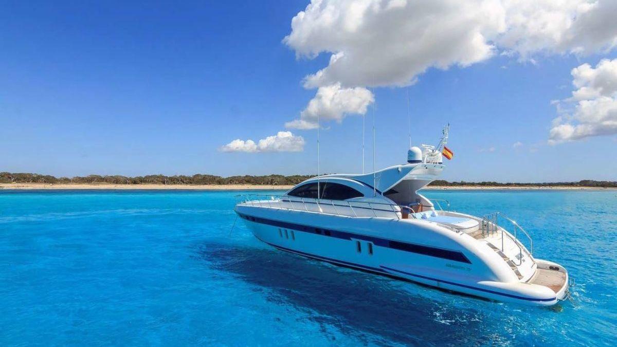 Ibiza hottest yachts 2017