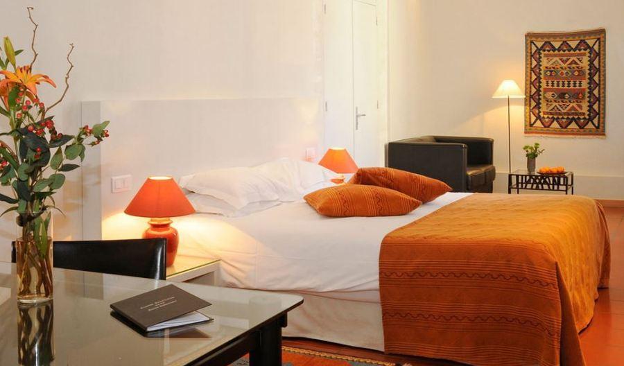 Cloitre St-Louis Hotel, Avignon double bedroom
