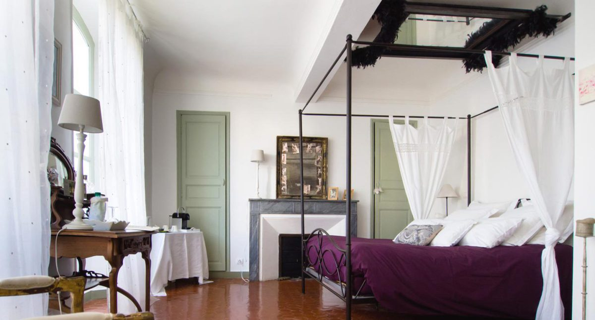 Brilliant B&B's in Provence 2017 double bedroom