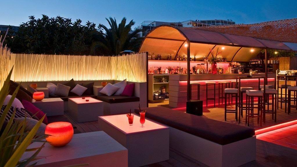 Diablito Food & Music Restaurant, Puerto Portals terrace