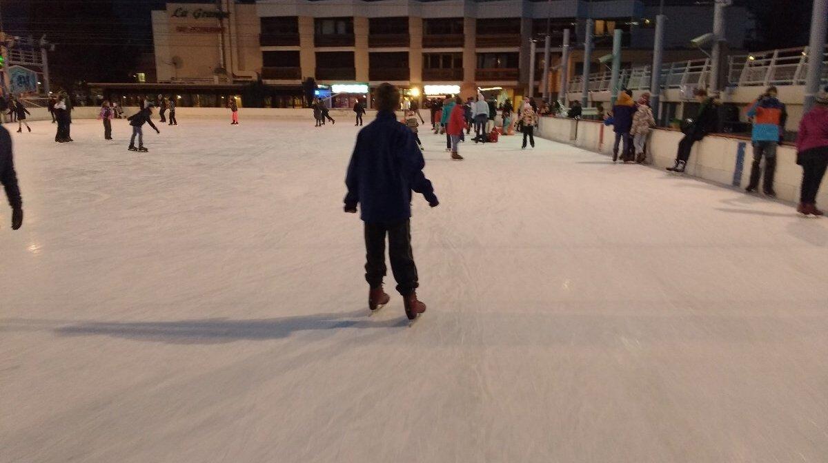 ice skating in les 2 alpes