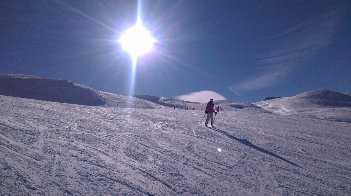 sunshine over the pistes