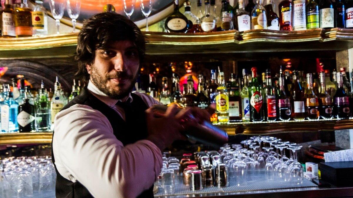 cocktails at chakra bar in palma