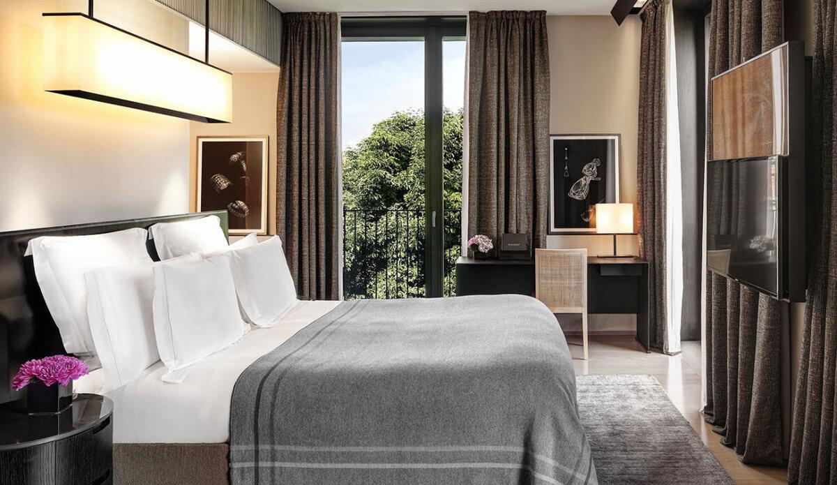 Bulgari Hotel Hotel, Milan double bedroom