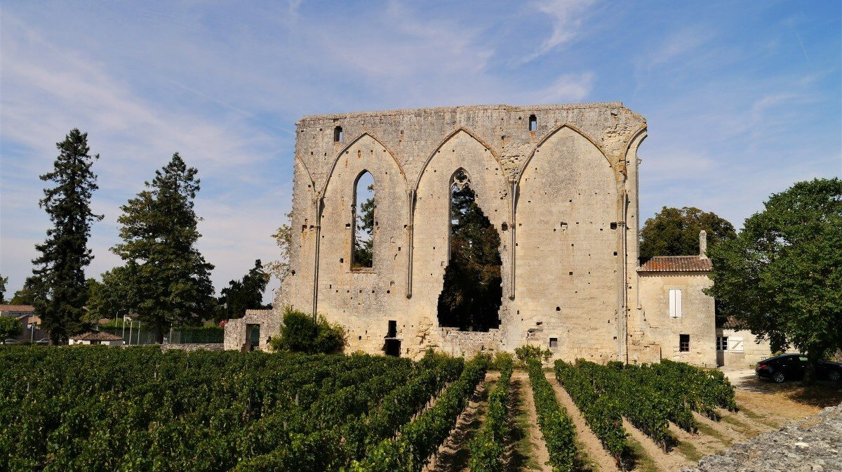 the great wall in st emilion - known as grandes murailles