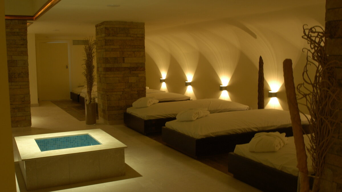 the relaxation area at valparaiso spa hotel in mallorca