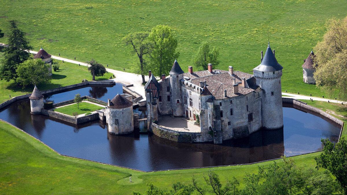 Castles & Ruins Bordeaux