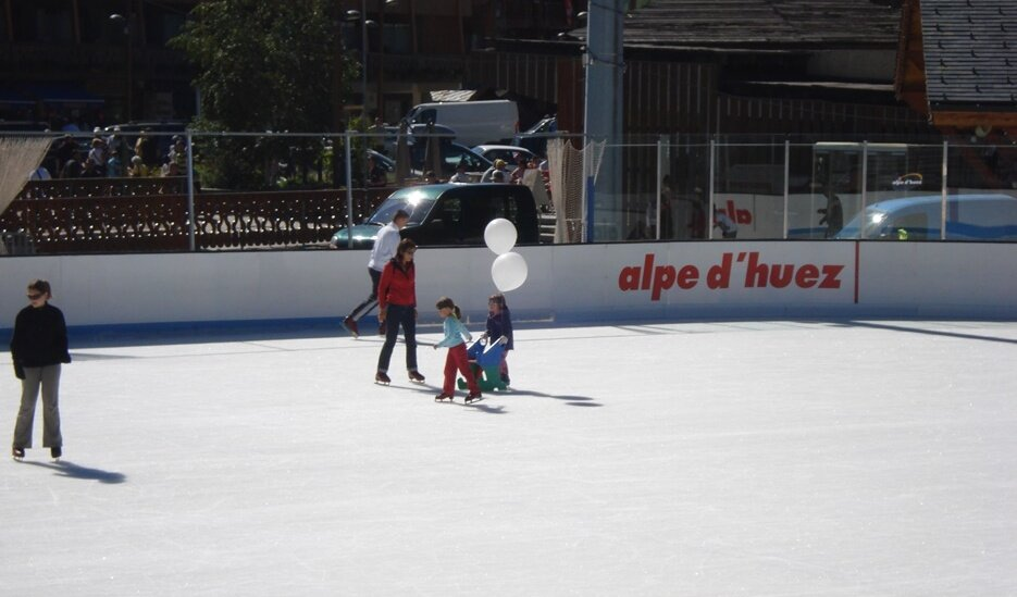 Patinoire Exterieure Municipale (Ice Rink)