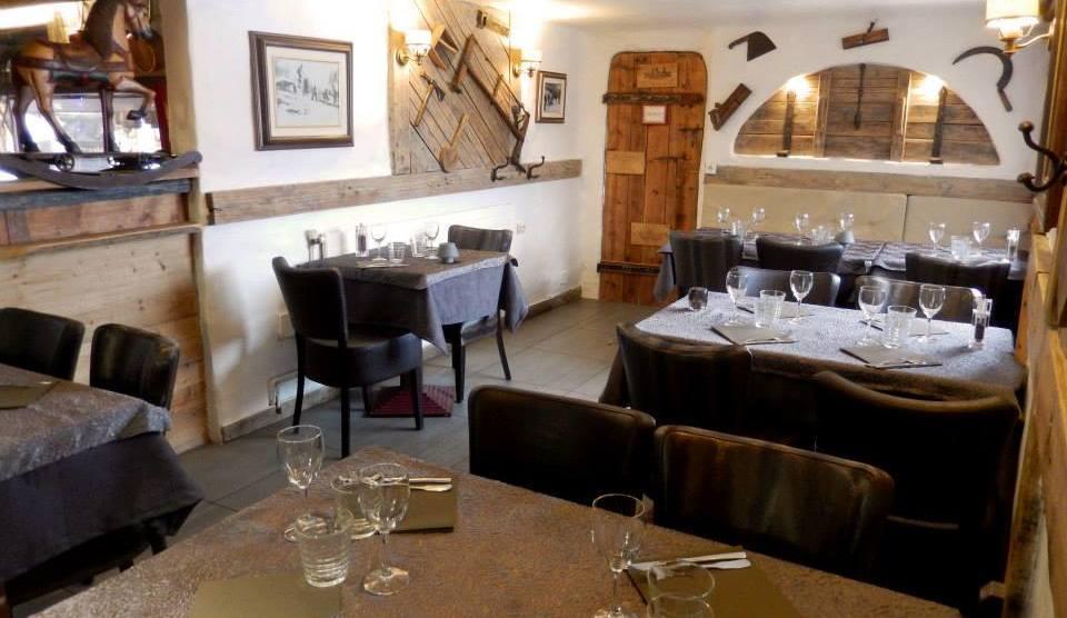 Le Petit Savoyard Restaurant, Courchevel Moriond interior