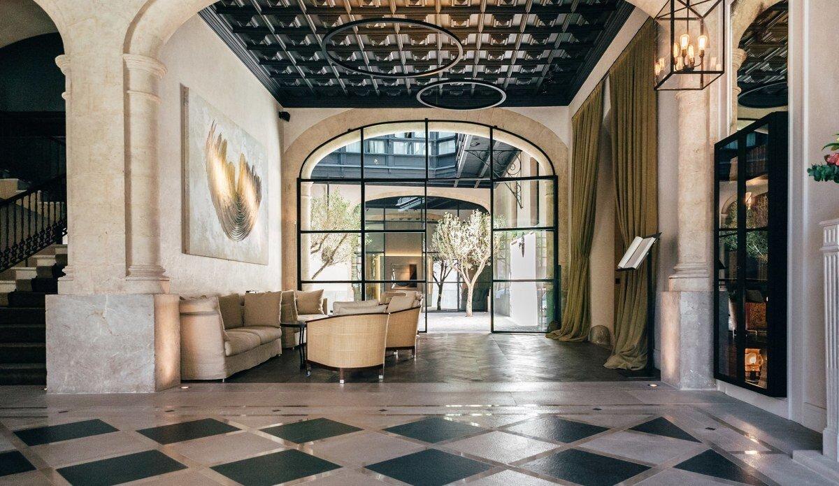 Palma in World's Best Hotels 2017 lobby