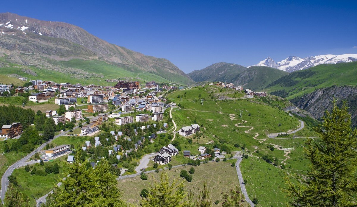 Towns & Villages Alpe d'Huez