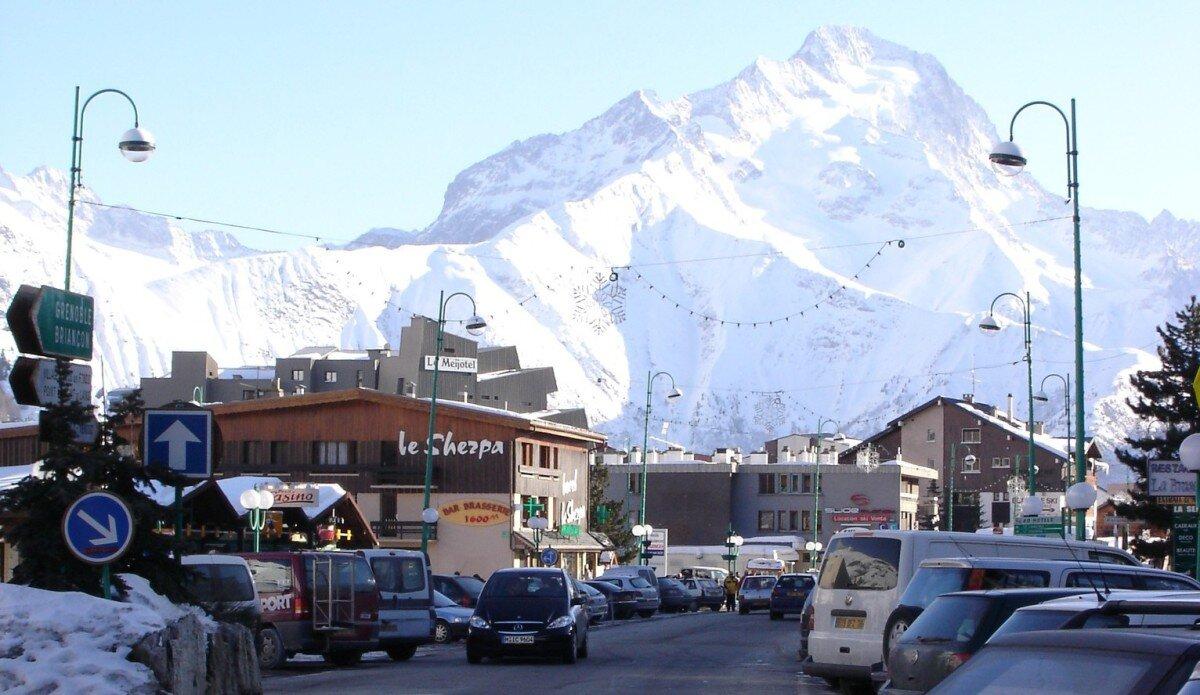 Bus Services Les 2 Alpes