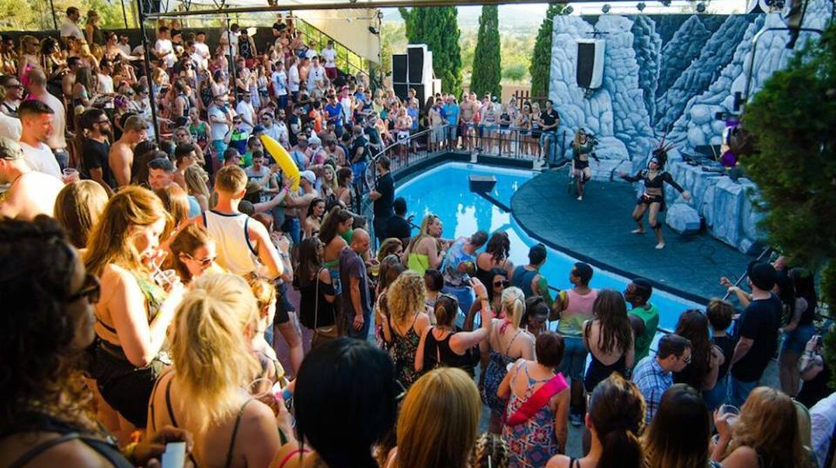 The main stage - the seal pit, at the zoo project san antonio ibiza