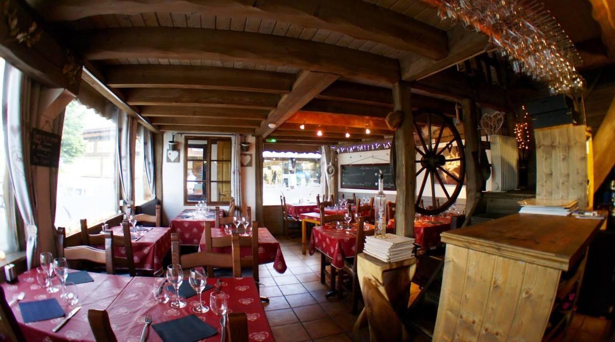 Le Grizzli Restaurant, Plagne Village interior