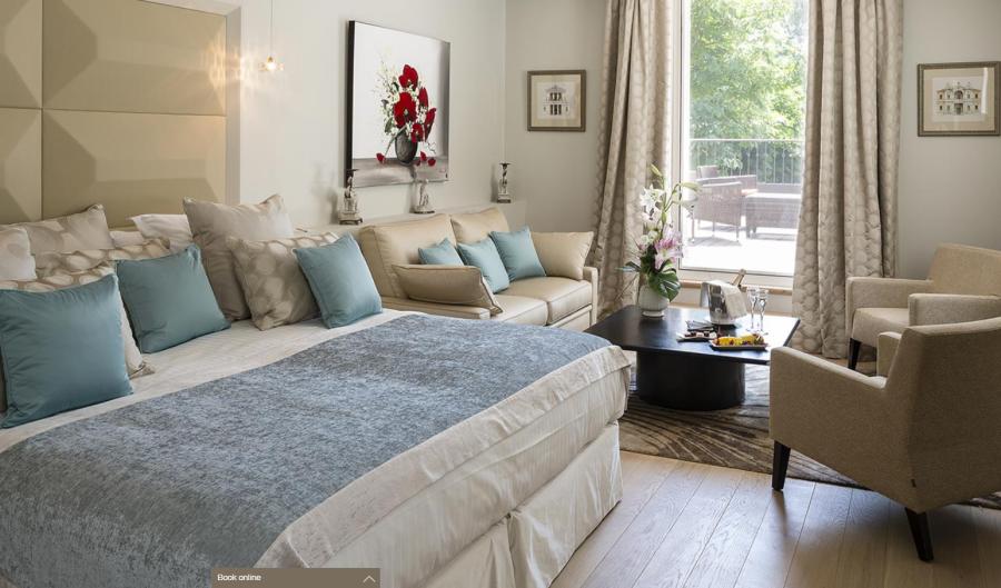 Le Pigonnet Hotel, Aix double bedroom