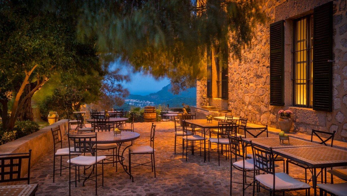 Ca's Xorc Restaurant, nr Soller  restaurant terrasse
