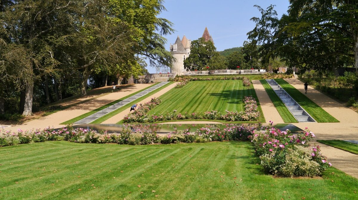 looking back up to the chateau from the gardens of chateau des milandes