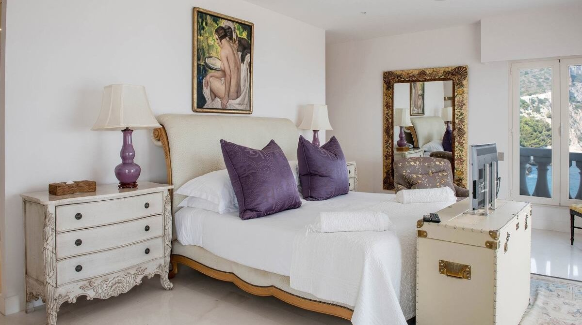 a double room in the cap estel hotel in eze