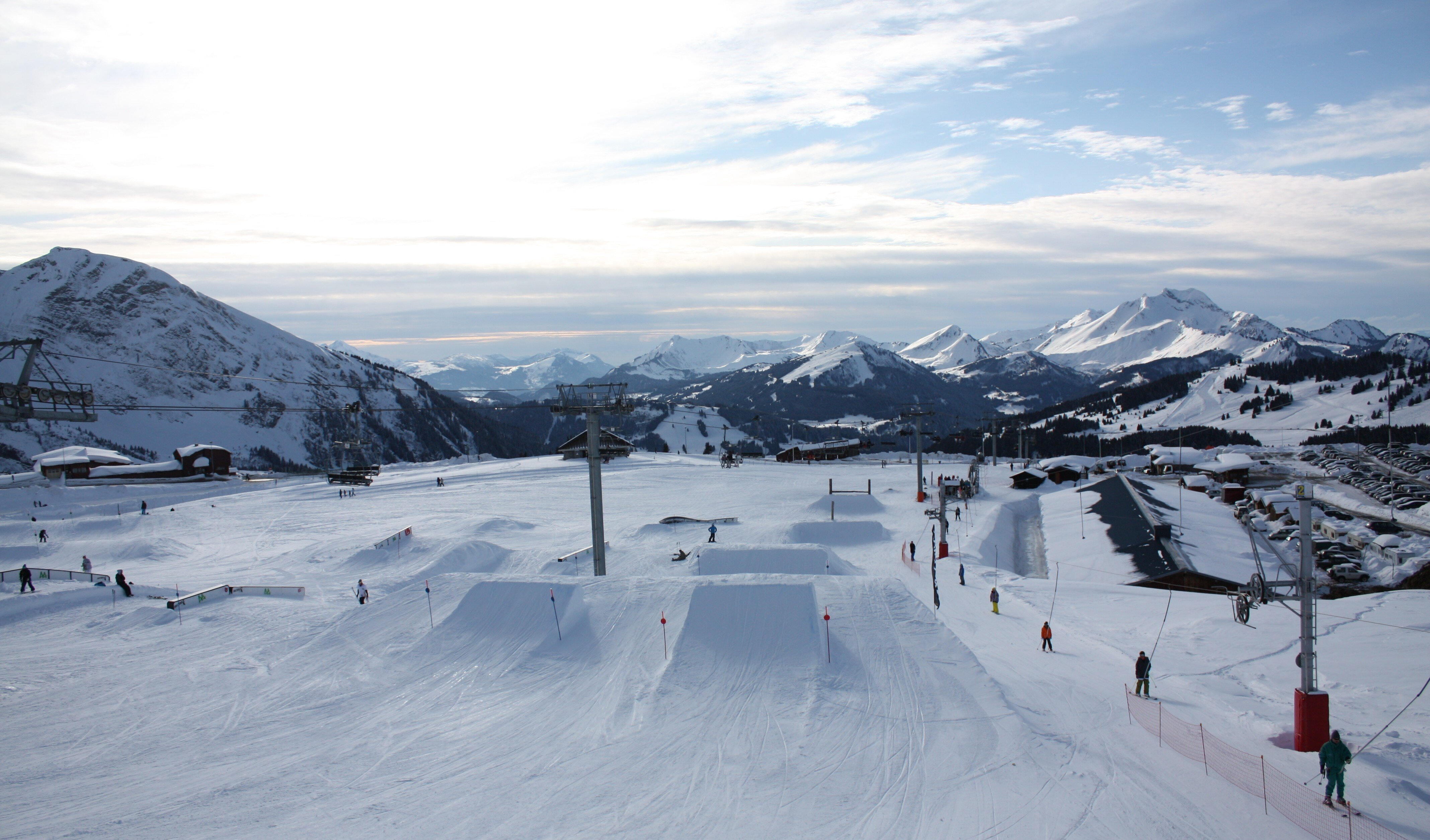 Photograph of snow park avoriaz