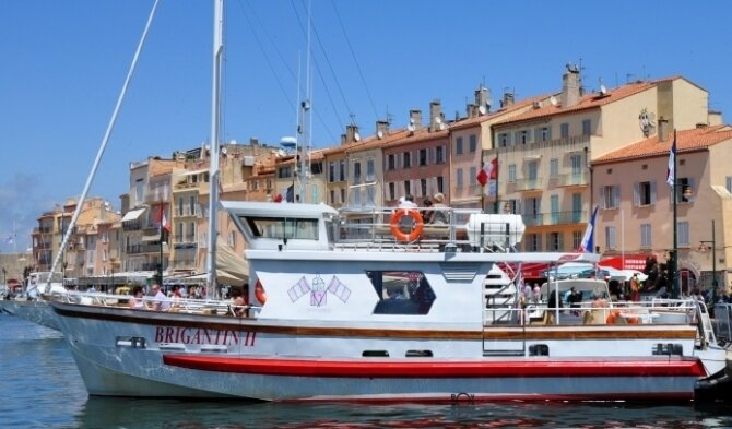 Coastal trip along the St Tropez bay by motor-boat