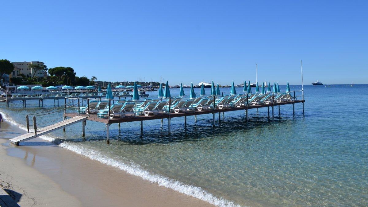 Plage Les Pirates Beach Club, Juan les Pins