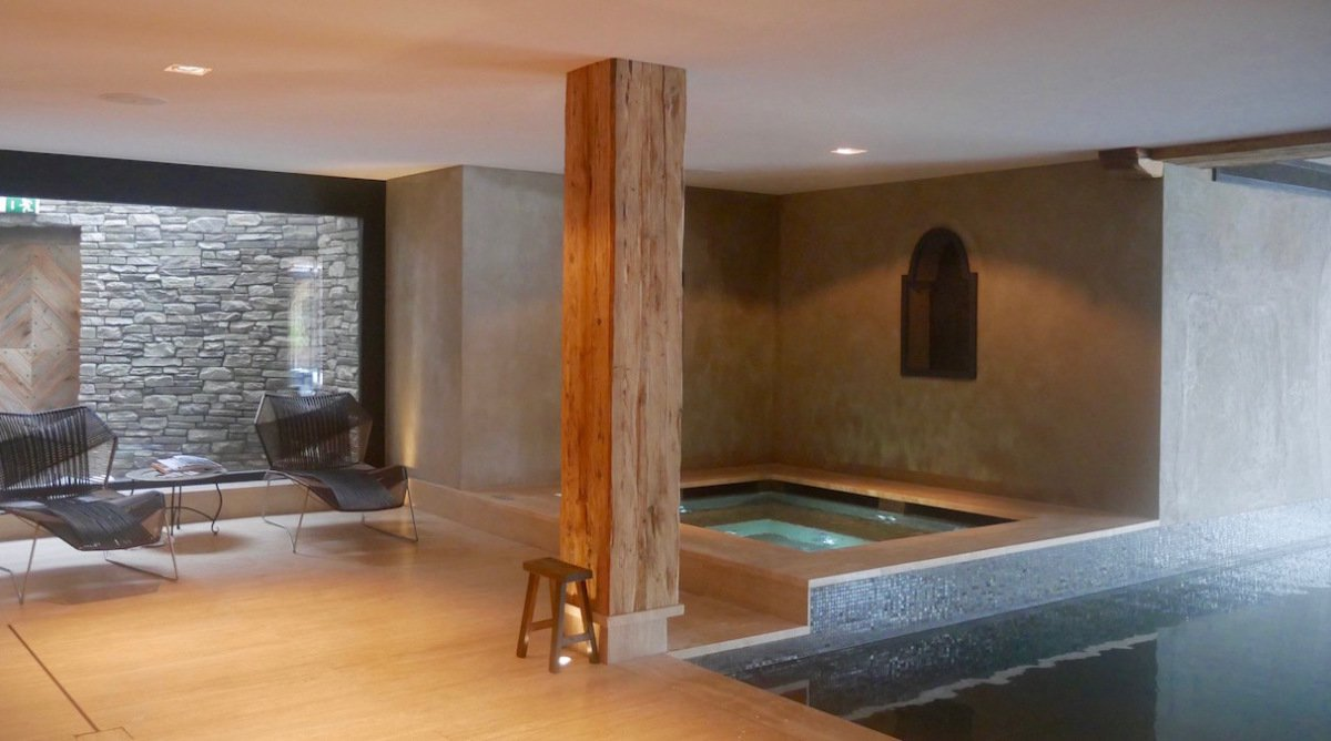 jacuzzi spa at the cordee