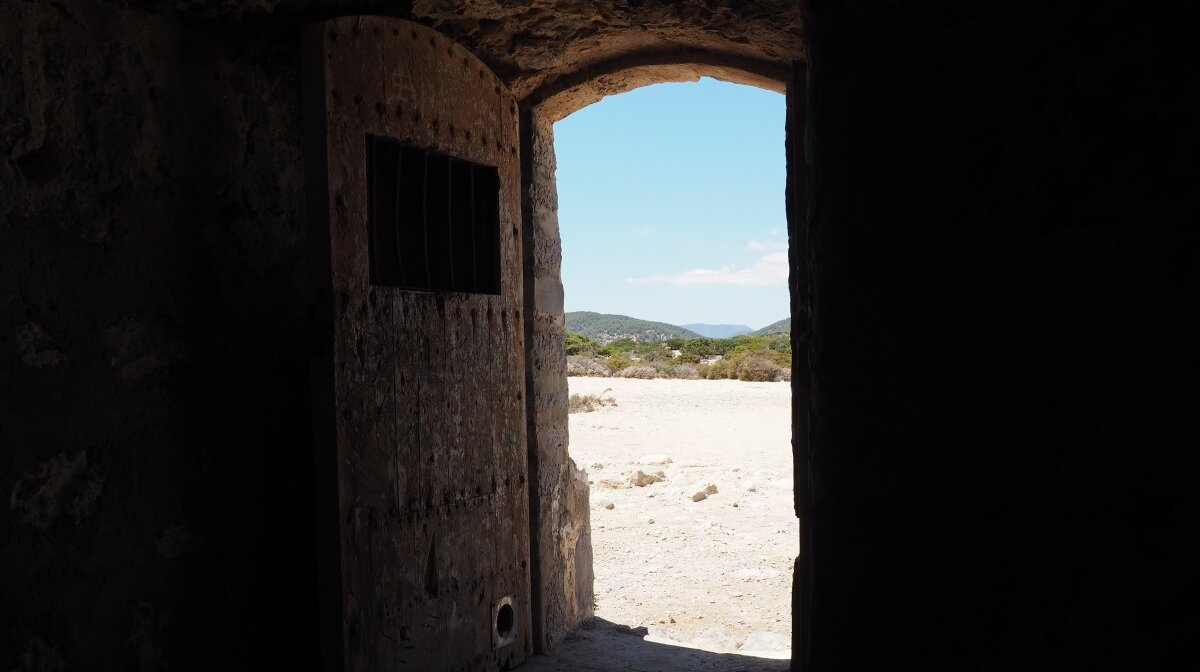 doorway into the torre de ses Portes in souther ibiza