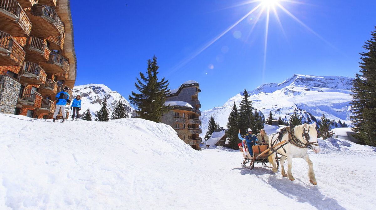 horse drawn taxis in avoriaz