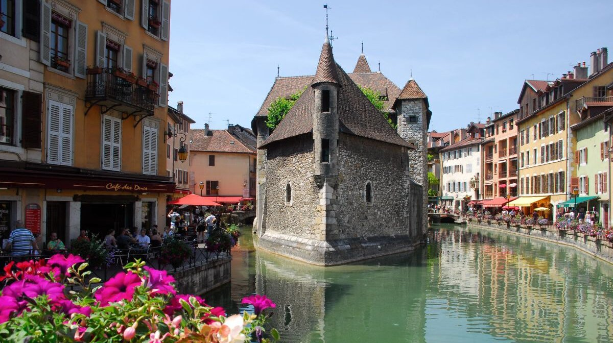 an old building in annecy