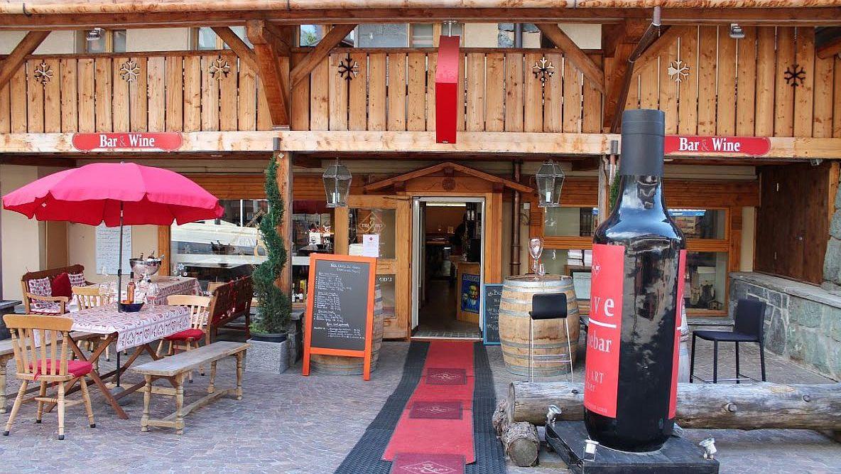 Cav&Art, Verbier - Centre terrace