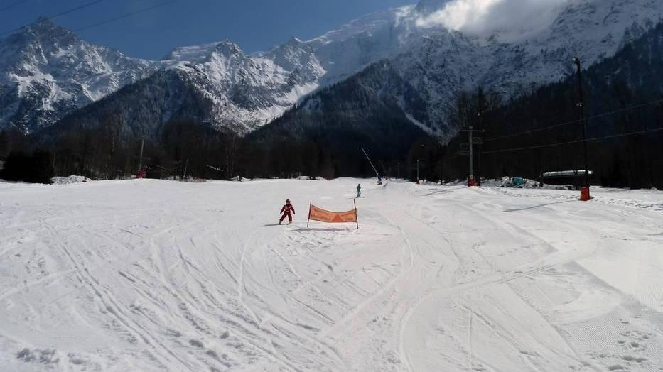 a child skiing in les houches