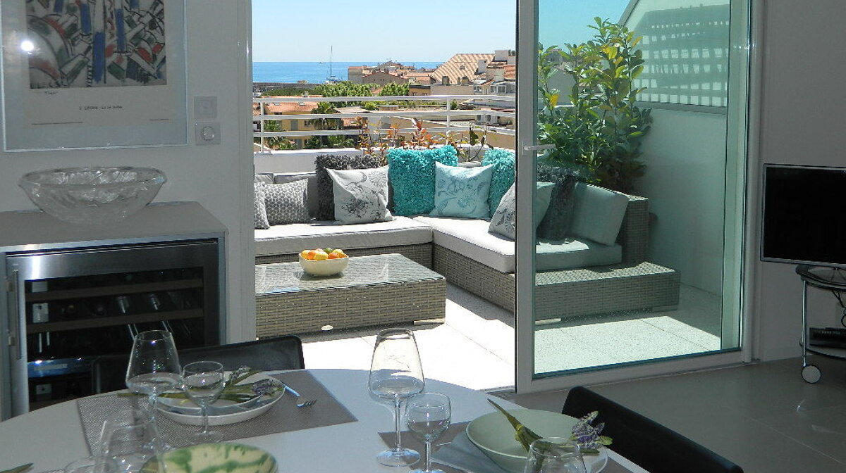 An apartment in central Antibes