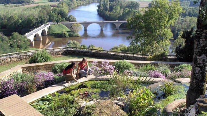 Houses & Gardens Dordogne