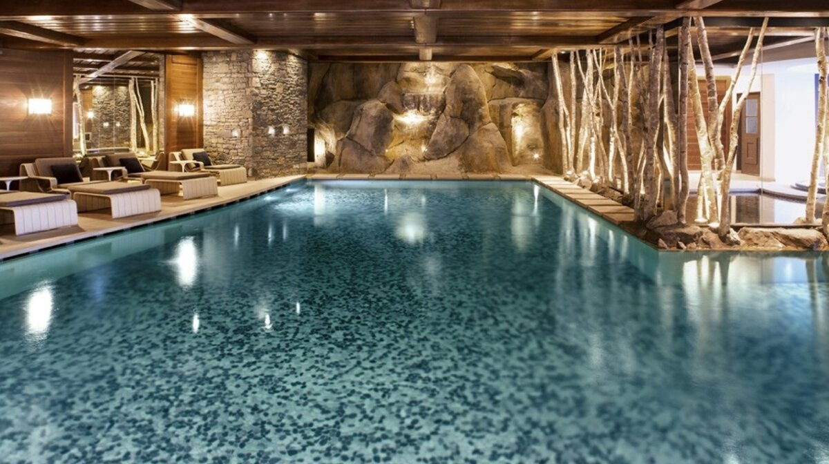 an indoor swimming pool in Courchevel