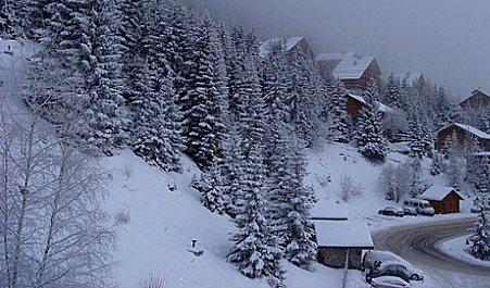 Bad Weather Skiing Meribel